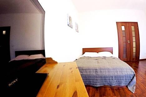Сдается 1-комнатная квартира посуточнов Железнодорожном, улица Маяковского, 22.
