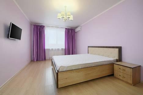 Сдается 2-комнатная квартира посуточно в Пятигорске, ул. Крайнего, 4.