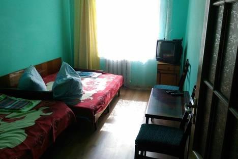 Сдается 2-комнатная квартира посуточнов Крымске, Крым,Крымский полуостров, 10 Судакская улица.