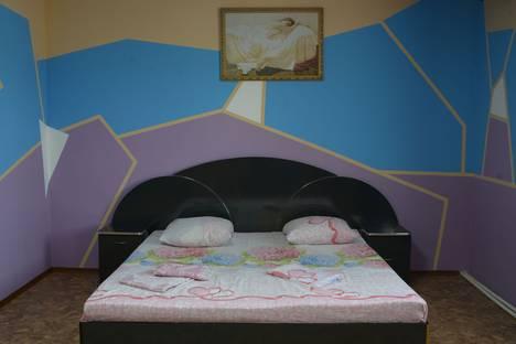 Сдается комната посуточнов Омске, 1-й Ткацкий переулок, 5.