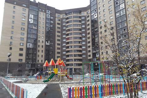 Сдается 1-комнатная квартира посуточно в Тюмени, Харьковская улица 66.