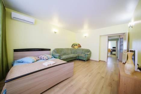 Сдается 2-комнатная квартира посуточнов Саратове, улица Советская 83/89к1.