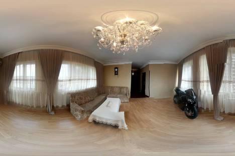 Сдается 2-комнатная квартира посуточно в Батуми, Аджария,улица Горгиладзе ,114.