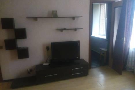 Сдается 1-комнатная квартира посуточно в Пскове, Стахановская улица, 7.