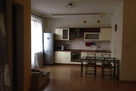 Сдается 2-комнатная квартира посуточнов Казани, Чистопольская улица, 20.