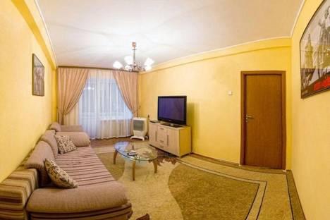 Сдается 2-комнатная квартира посуточно в Киеве, Старокиевский переулок 5.