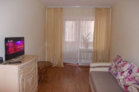 Сдается 1-комнатная квартира посуточнов Черногорске, улица Генерала Тихонова 6б.