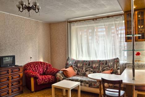 Сдается 1-комнатная квартира посуточнов Нижнем Новгороде, улица Звездинка, 5.