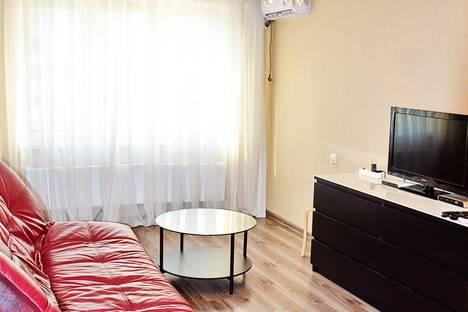 Сдается 2-комнатная квартира посуточно в Краснодаре, улица Байбакова, 4.
