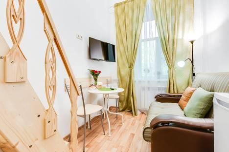 Сдается 1-комнатная квартира посуточно в Санкт-Петербурге, улица Марата, дом 33.