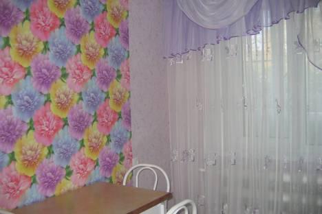 Сдается 2-комнатная квартира посуточно в Яровом, Россия.