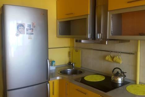 Сдается 2-комнатная квартира посуточно в Туапсе, ул. К. Маркса д.1.