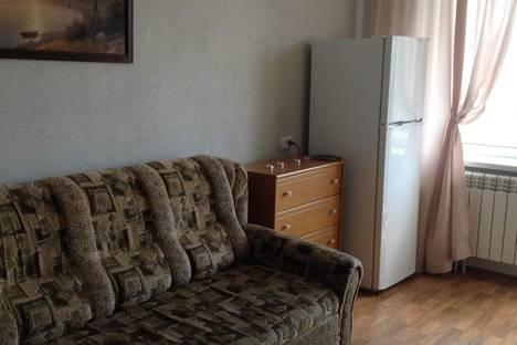 Сдается 3-комнатная квартира посуточно в Феодосии, дом 123 улица Ленина.