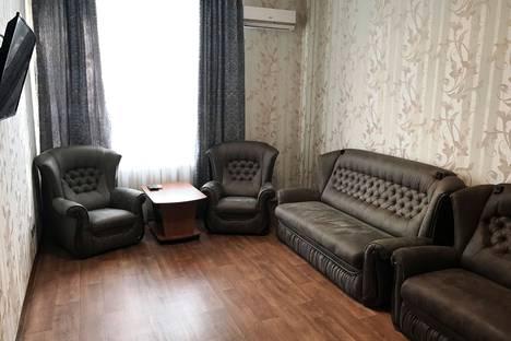 Сдается 2-комнатная квартира посуточно в Симферополе, улица Александра Невского,16.