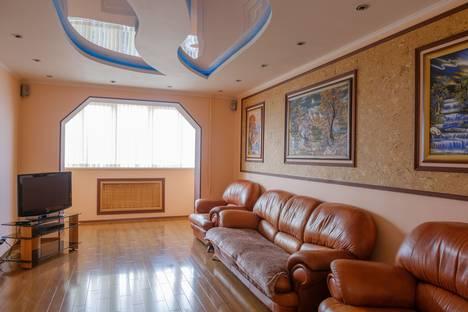 Сдается 3-комнатная квартира посуточно в Пятигорске, улица Панагюриште, 4.