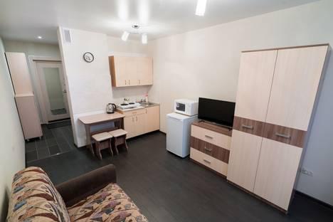 Сдается 1-комнатная квартира посуточно в Новосибирске, В. Уса 13.
