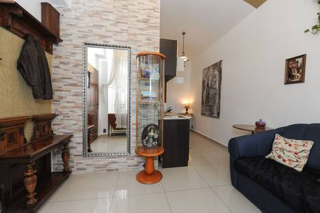 Сдается 2-комнатная квартира посуточно в Праге, Rumunská, 32.