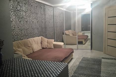 Сдается 1-комнатная квартира посуточнов Ростове-на-Дону, проспект Ленина д.81/1.