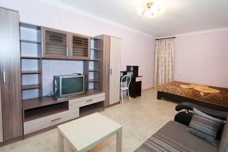 Сдается 1-комнатная квартира посуточно в Новосибирске, улица Ватутина, 33.
