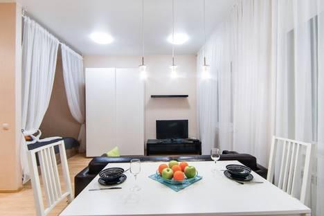 Сдается 1-комнатная квартира посуточно в Новосибирске, улица Шевченко, 15.