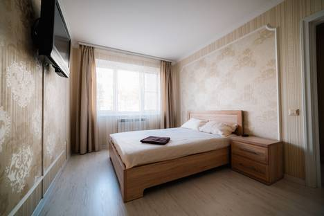Сдается 1-комнатная квартира посуточнов Чебоксарах, улица Ивана Франко дом 7.