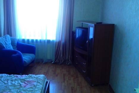 Сдается 2-комнатная квартира посуточнов Ижевске, ул. Вадима Сивкова, 101.