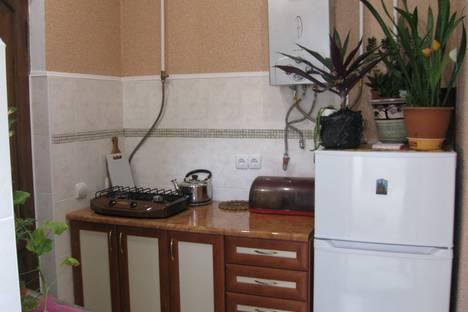 Сдается 1-комнатная квартира посуточно в Ялте, 50 ул. Киевская.