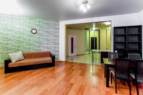 Сдается 4-комнатная квартира посуточнов Сочи, Первомайская улица, 21.