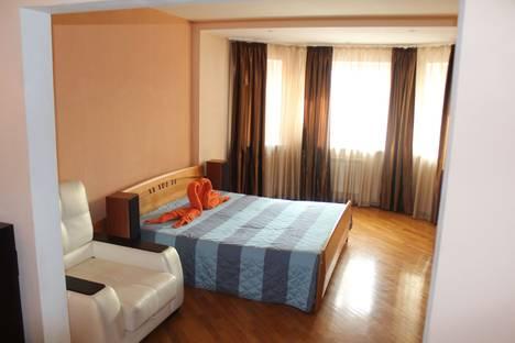 Сдается 2-комнатная квартира посуточно в Мытищах, Веры Волошиной улица 9/24.