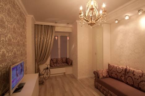Сдается 1-комнатная квартира посуточнов Санкт-Петербурге, Киевская улица, 3.