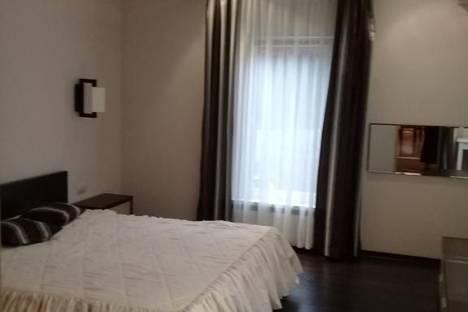 Сдается 2-комнатная квартира посуточно, Дивноморская улица, 4А.