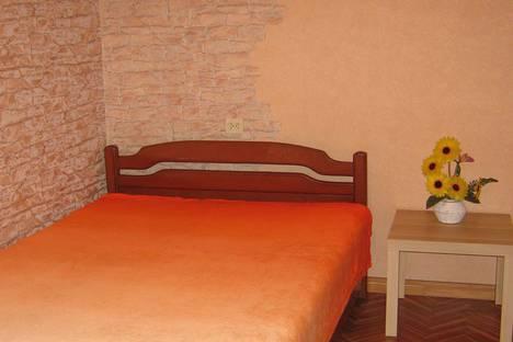 Сдается 2-комнатная квартира посуточно в Самаре, улица Ташкентская, 192.