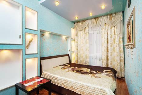 Сдается 2-комнатная квартира посуточно в Новосибирске, улица Кропоткина, 118.