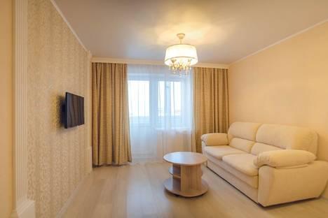Сдается 1-комнатная квартира посуточнов Кирове, улица Сурикова, 37.