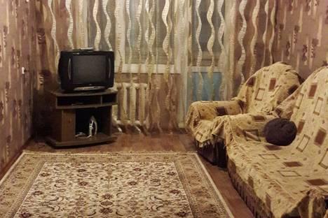 Сдается 2-комнатная квартира посуточнов Уральске, Улица Кердери дом 141.