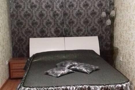 Сдается 2-комнатная квартира посуточно в Туймазах, улица Мичурина, 23.