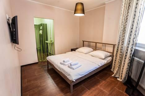 Сдается 2-комнатная квартира посуточно в Тюмени, улица Василия Гольцова,1.