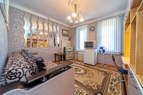Сдается 1-комнатная квартира посуточно в Санкт-Петербурге, улица Восстания д.5.