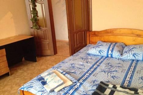 Сдается 3-комнатная квартира посуточно в Ульяновске, Заволжский район, Ульяновский проспект, 22.