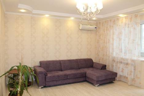 Сдается 1-комнатная квартира посуточно в Тюмени, улица Николая Зелинского,1.