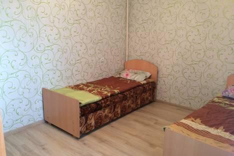 Сдается 4-комнатная квартира посуточнов Череповце, ул. Химиков, 12.