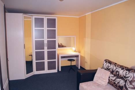 Сдается 1-комнатная квартира посуточно в Минеральных Водах, улица 50 Лет Октября, 45.