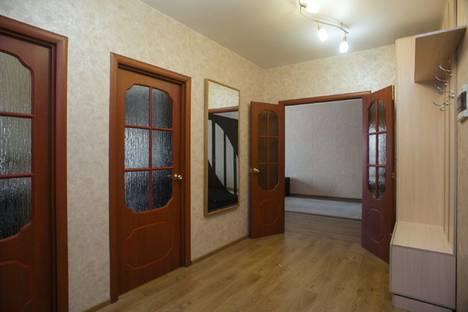 Сдается 2-комнатная квартира посуточнов Бердске, улица Шевченко, 15.