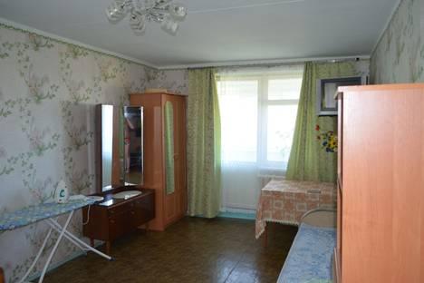 Сдается 2-комнатная квартира посуточно в Партените, улица Победы, 8.
