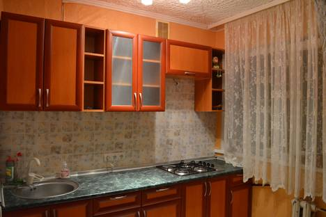 Сдается 1-комнатная квартира посуточно в Форосе, Крым,Ялтинский горсовет, Космонавтов 18.