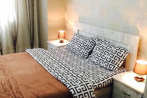 Сдается 3-комнатная квартира посуточно, Бочоришвили 37б.