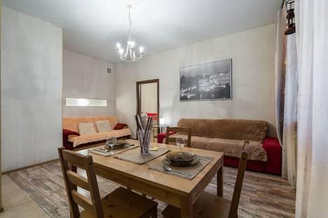 Сдается 1-комнатная квартира посуточнов Санкт-Петербурге, набережная канала Грибоедова, 110.