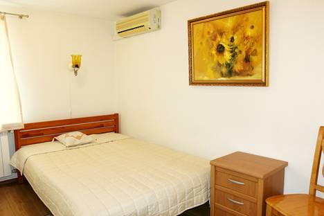 Сдается 2-комнатная квартира посуточнов Ливадии, 19 улица Виноградная.