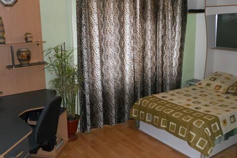 Сдается 2-комнатная квартира посуточно в Донецке, ул.Куйбышева 38.