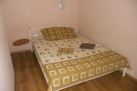 Сдается 2-комнатная квартира посуточно в Донецке, Донбасский переулок 2б.